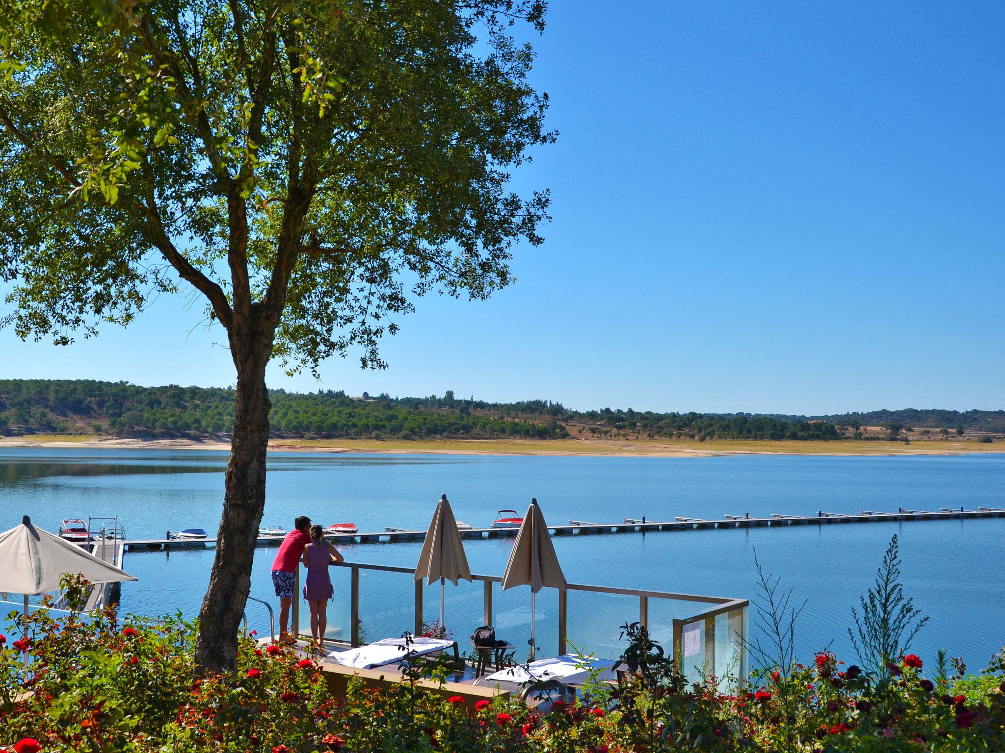 Lago Montargil e Villas, do Hotel do Lago