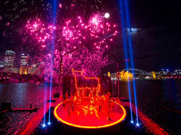 This 5-star harbourside show is coming back