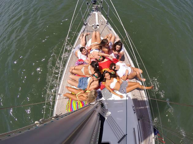 Sailing lovers