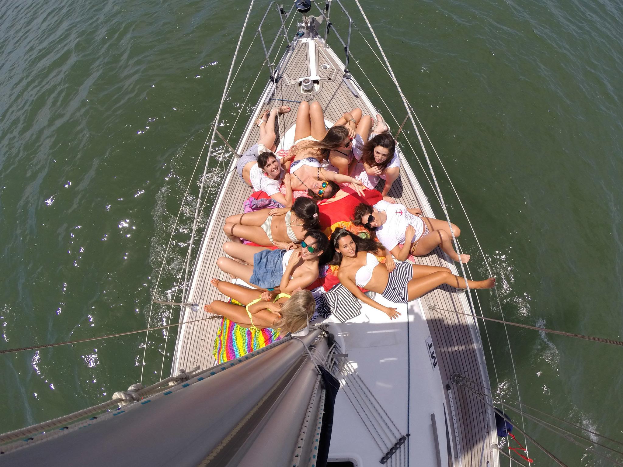 Dê uma festa num barco – Sailing Lovers