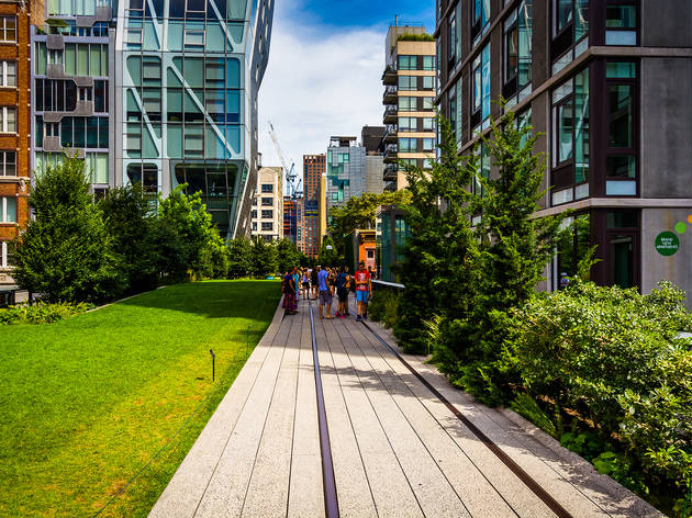 Take a walk on the High Line