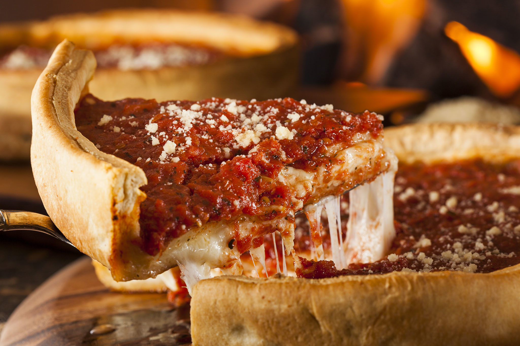 Best deep-dish pizza spots for finding Chicago-style slices