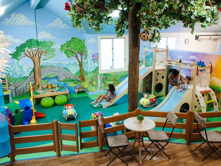 The best indoor activities for kids in L.A.