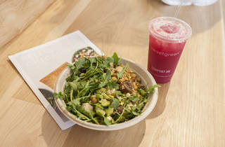 Check out Sweetgreen, River North's new salad spot from D.C.
