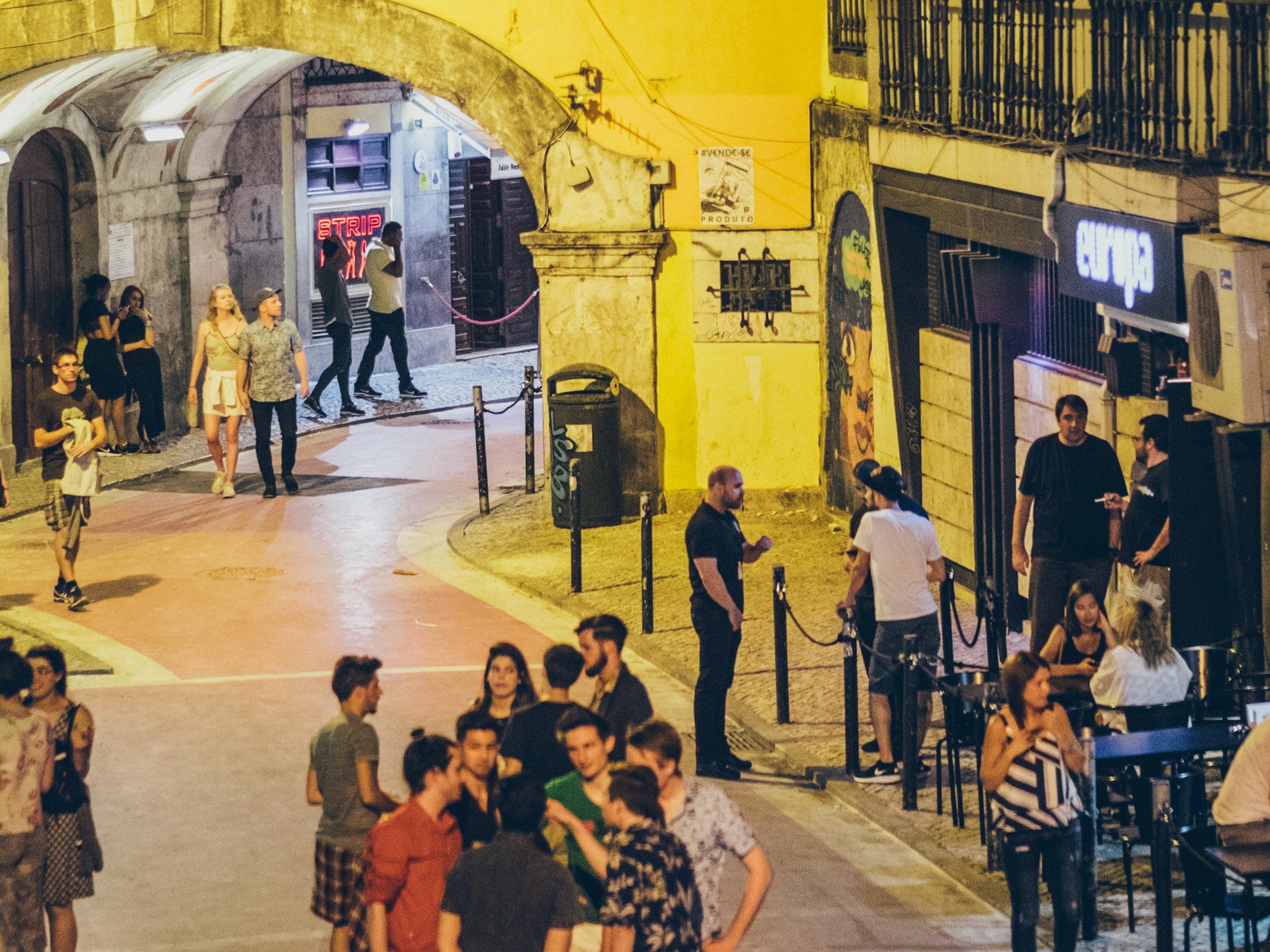 Midnight: Rua Cor-de-Rosa