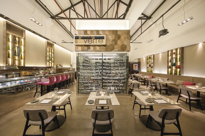 Verre Modern Bistro and Wine Bar
