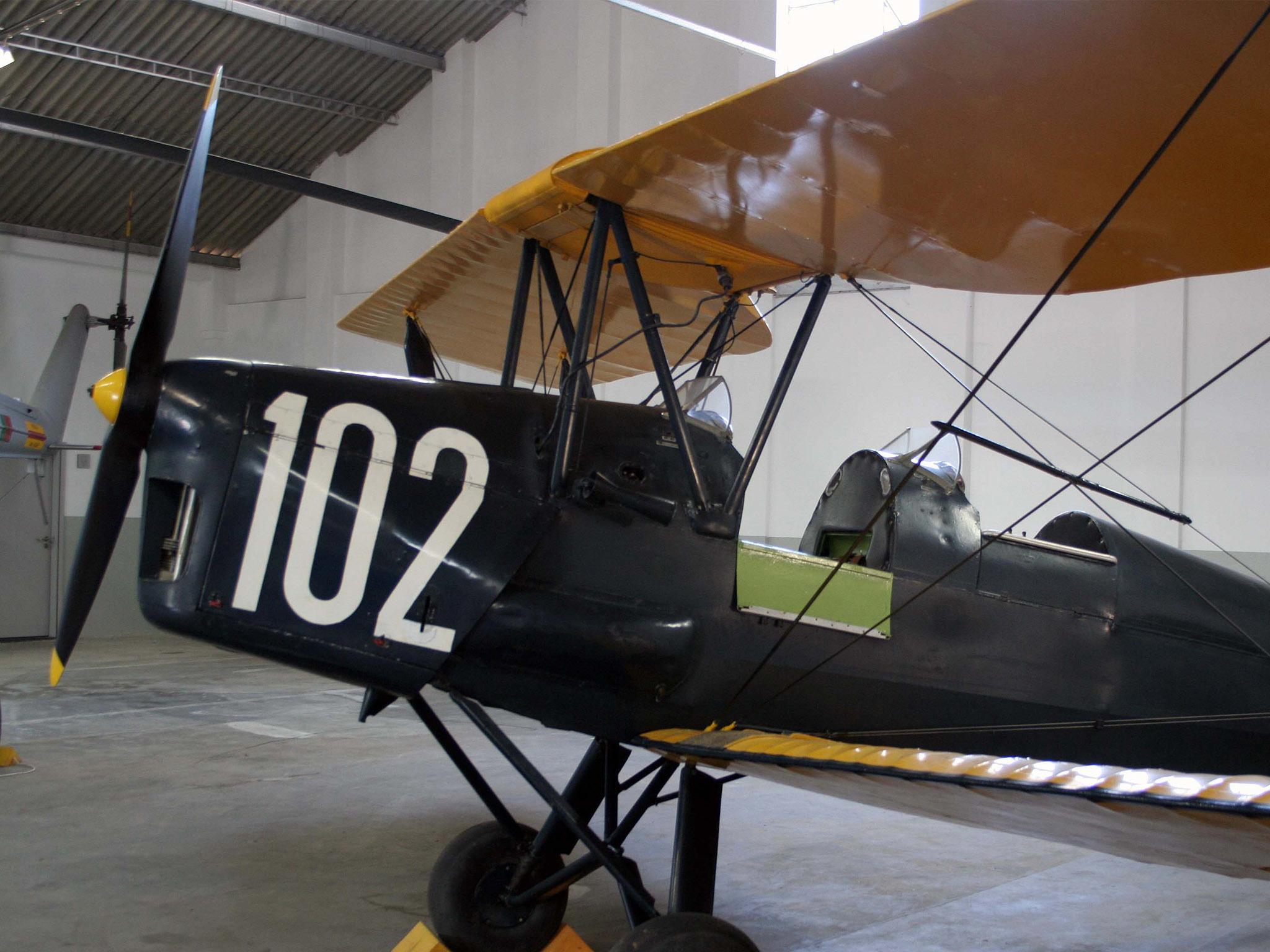Havilland DH-82 Tiger Moth, avião militar noMuseu do Ar Granja do Marquês