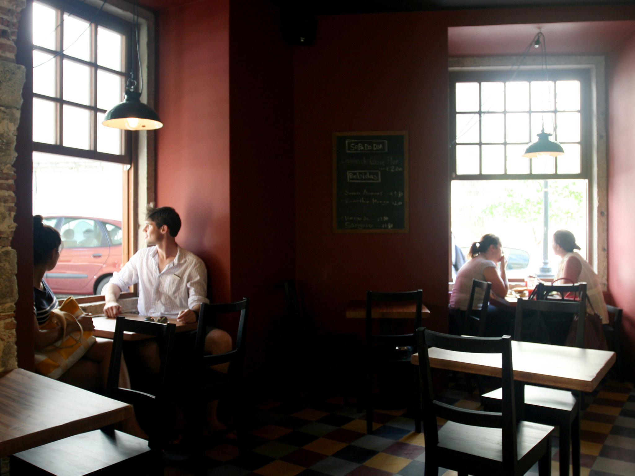 Cruzes Credo Café