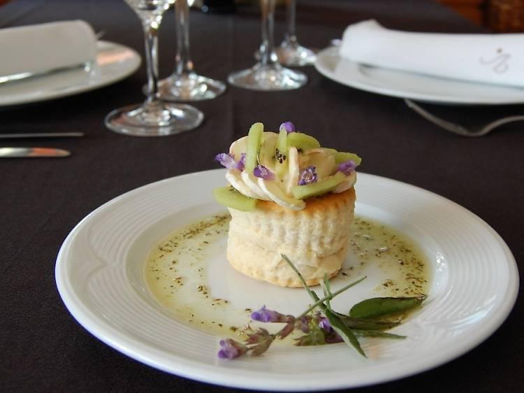 Entauleu-vos al restaurant Vilanova