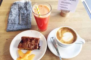 Fringe coffee shop danois café petit déjeuner jus de fruits