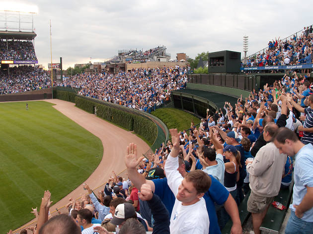 5 questions for Cubs, White Sox at the start of spring training