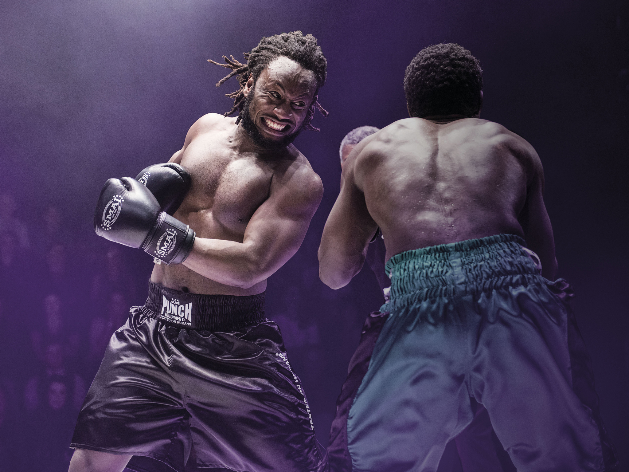 Prize Fighter 2017 Belvoir hero image feat Gideon Mzembe and Pacharo Mzembe photographer credit Dylan Evans
