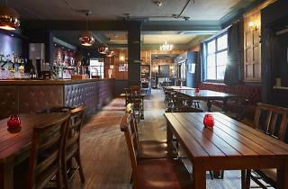 Star of Kings pub, press 2016