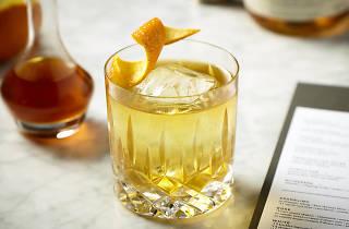 1952 1/2 Liquorette