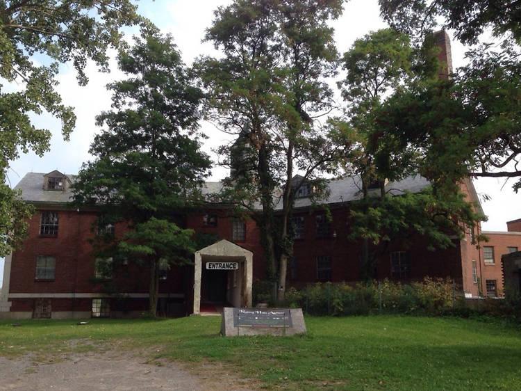 Rolling Hills Asylum, East Bethany