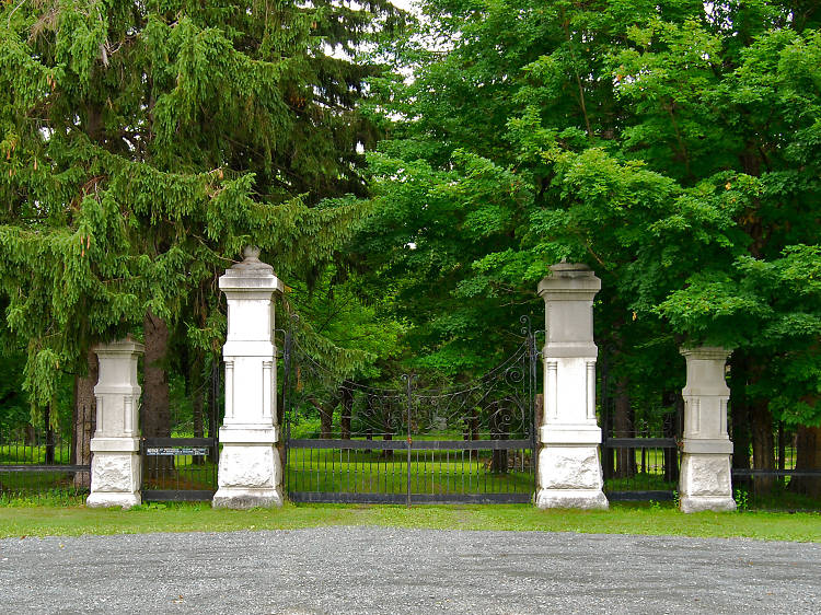 Forest Park Cemetery, Brunswick