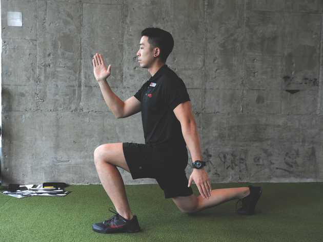 Jumping lunges (30 secs)