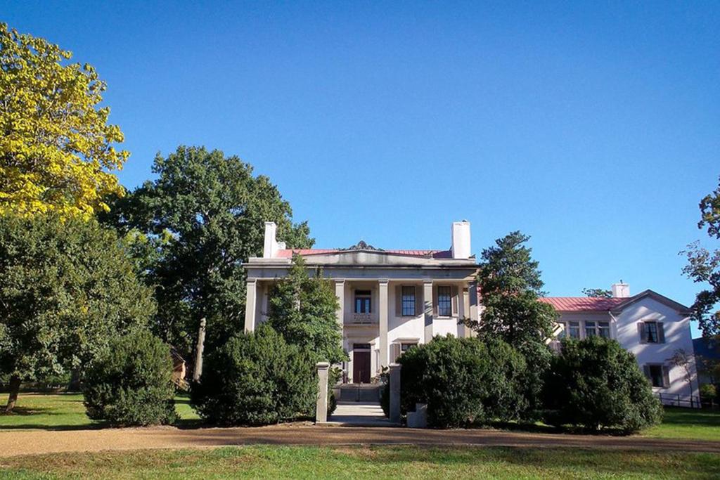 Visit Belle Meade Plantation