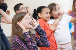 kids in theater workshop