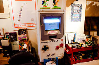 gameboy 8bit cafe