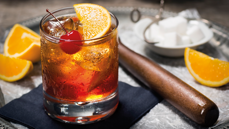 Old Fashioned, classic cocktail