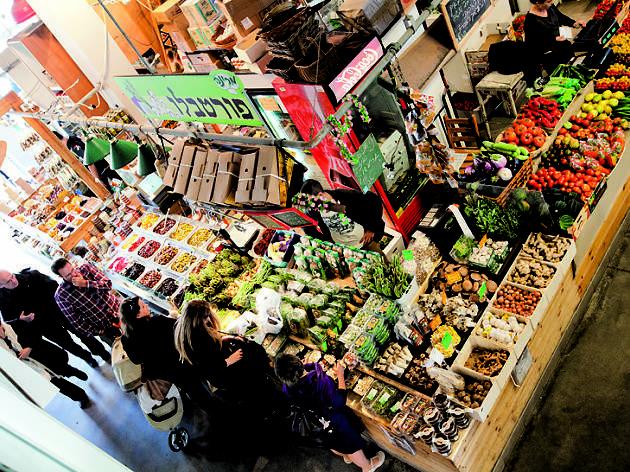 Le marché couvert du port