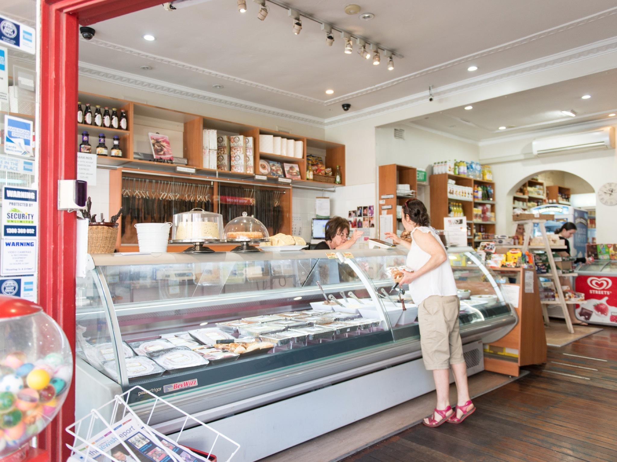 Deli counter at Biancas Deli