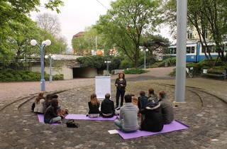 (Rosalie Schweiker, Teaching at ETH Zurich, with Romy Rüegger, 2013)