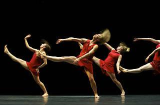 Lucinda Childs / Maguy Marin / Anne Teresa De Keersmaeker - Trois Grandes Fugues