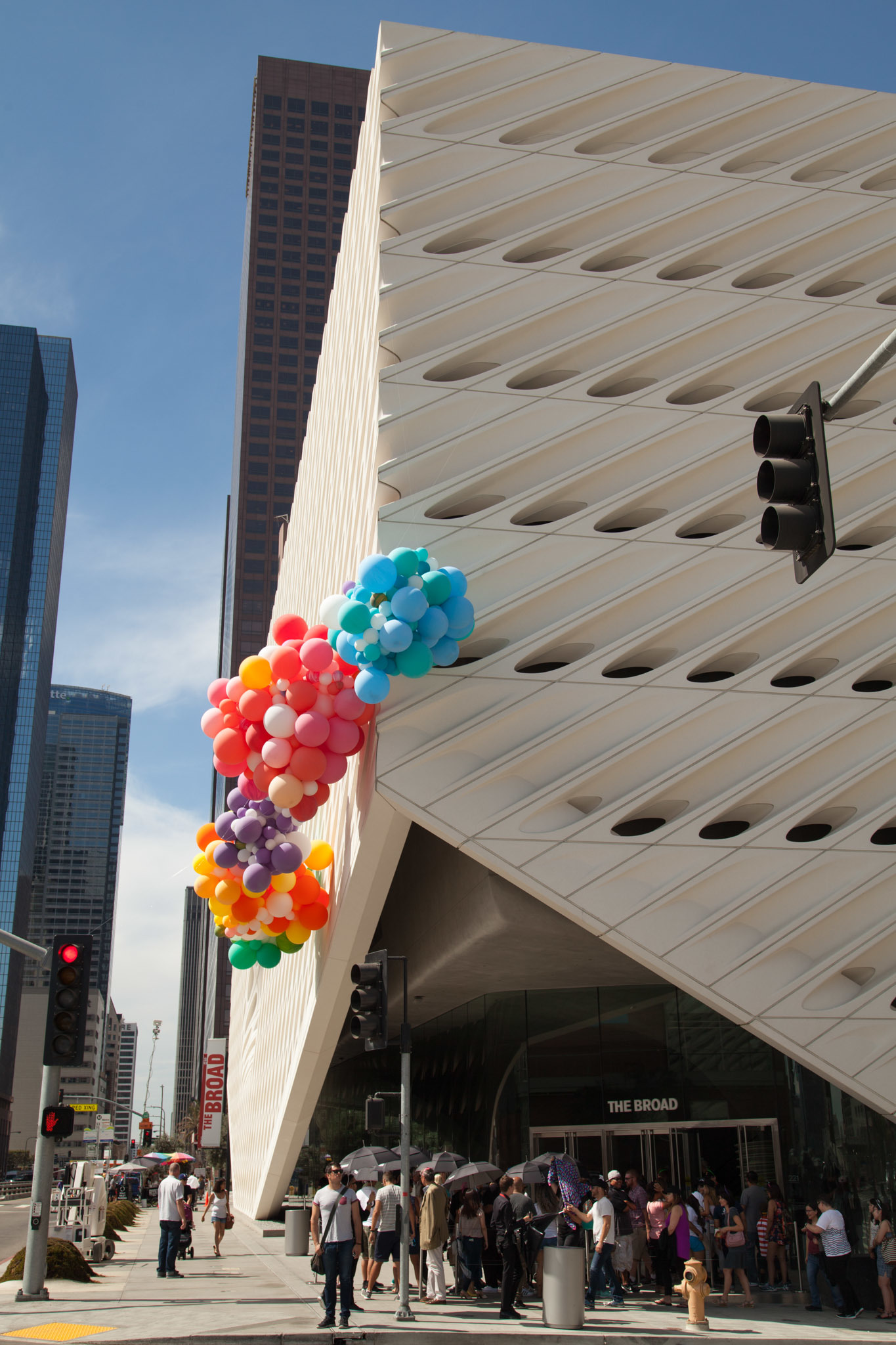 The Broad Celebrates Its First Birthday With Balloons Cupcakes And