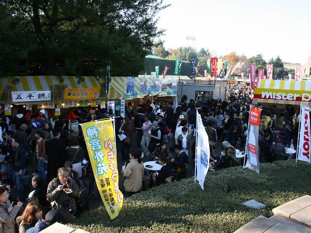 神宮外苑いちょう祭り