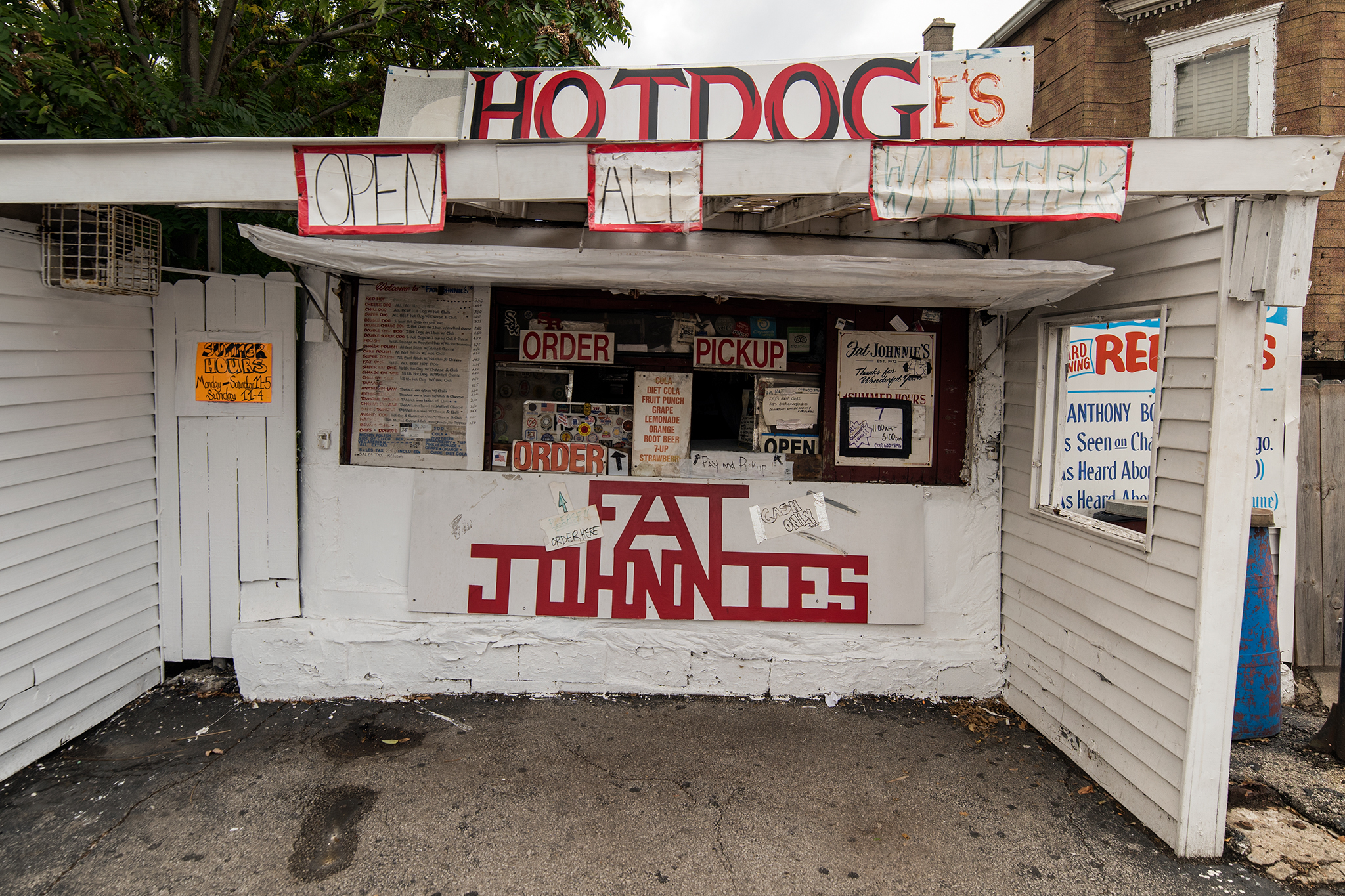 Fat Johnnie's Famous Red Hots