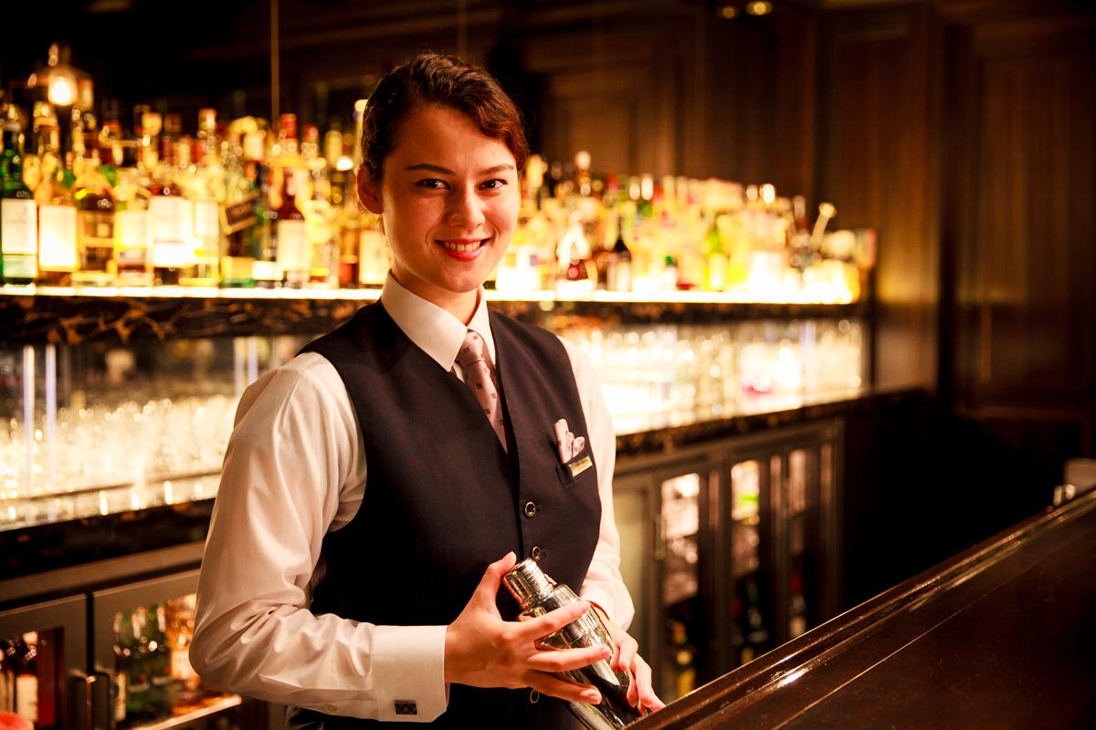 Royal Bar: Sabine Nakamura