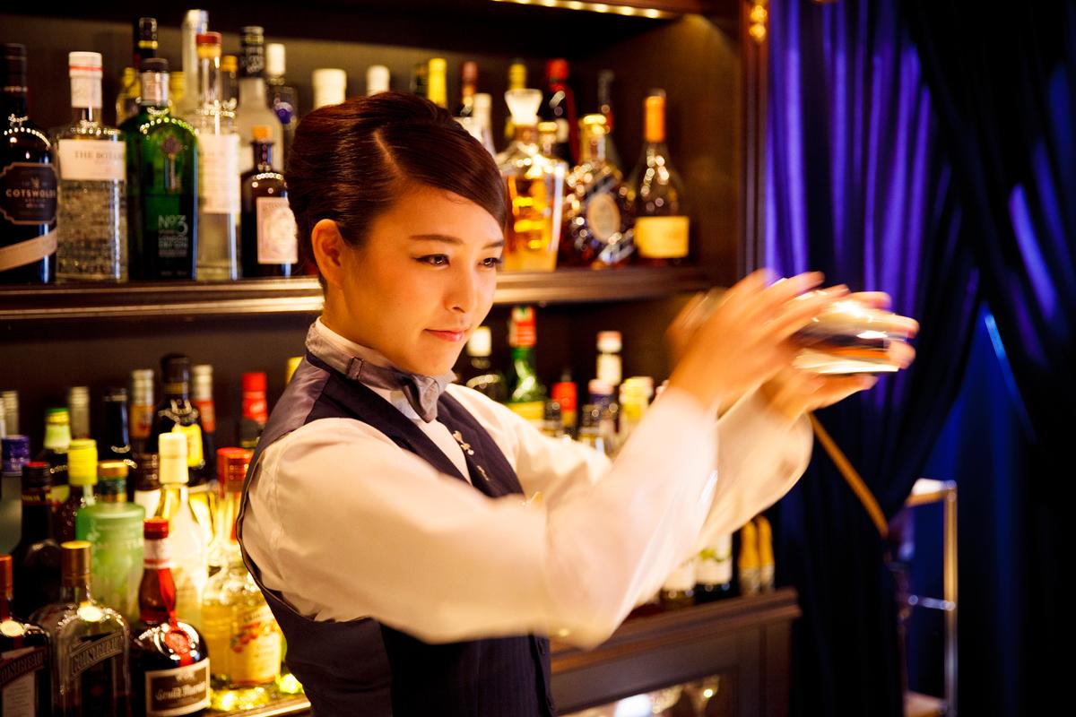 Bar Sherlock: Ayumi Mizota
