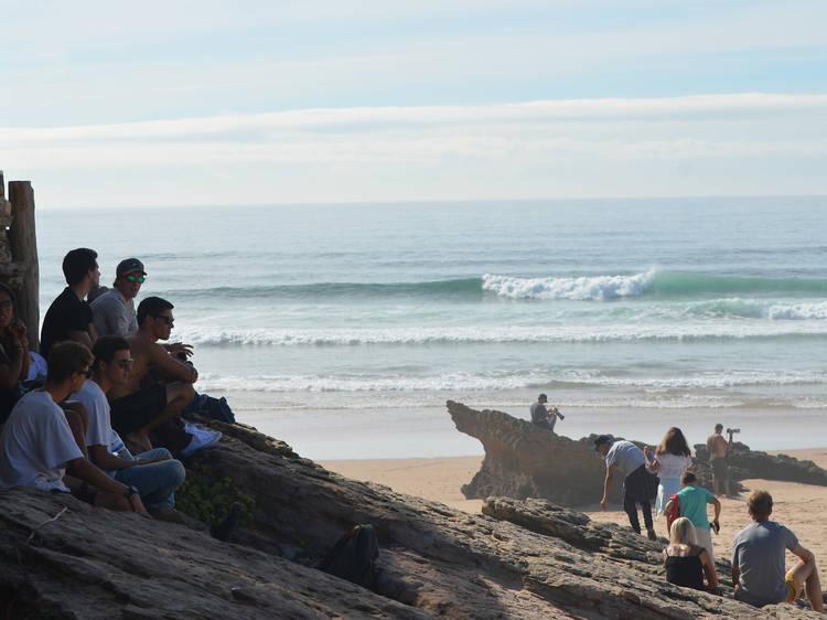 Engolir areia (ou praticar desportos cujo principal instrumento  é o vento)