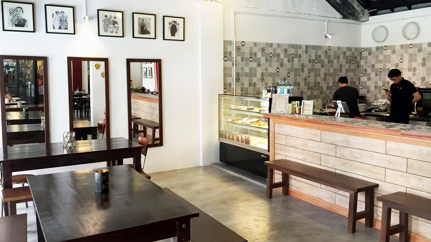 Peter Hoe Café