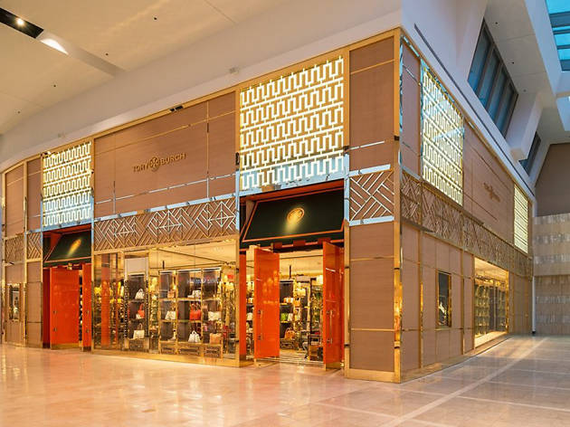 Every Shopping Mall Near Nyc For Bargains And Entertainment