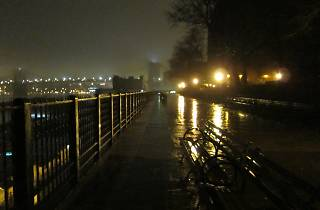 Brooklyn Heights Promenade at night