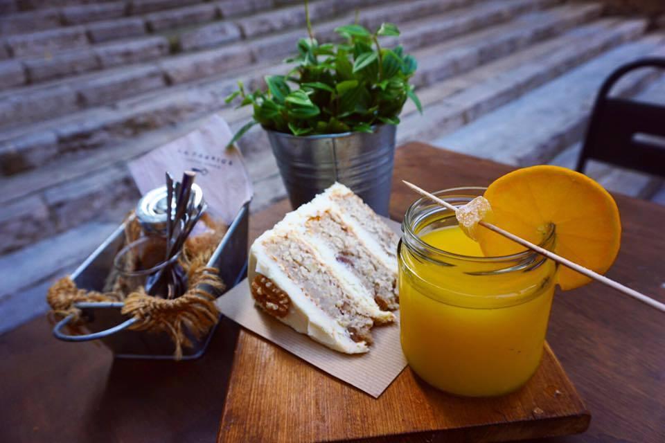 Breakfast at La Fàbrica