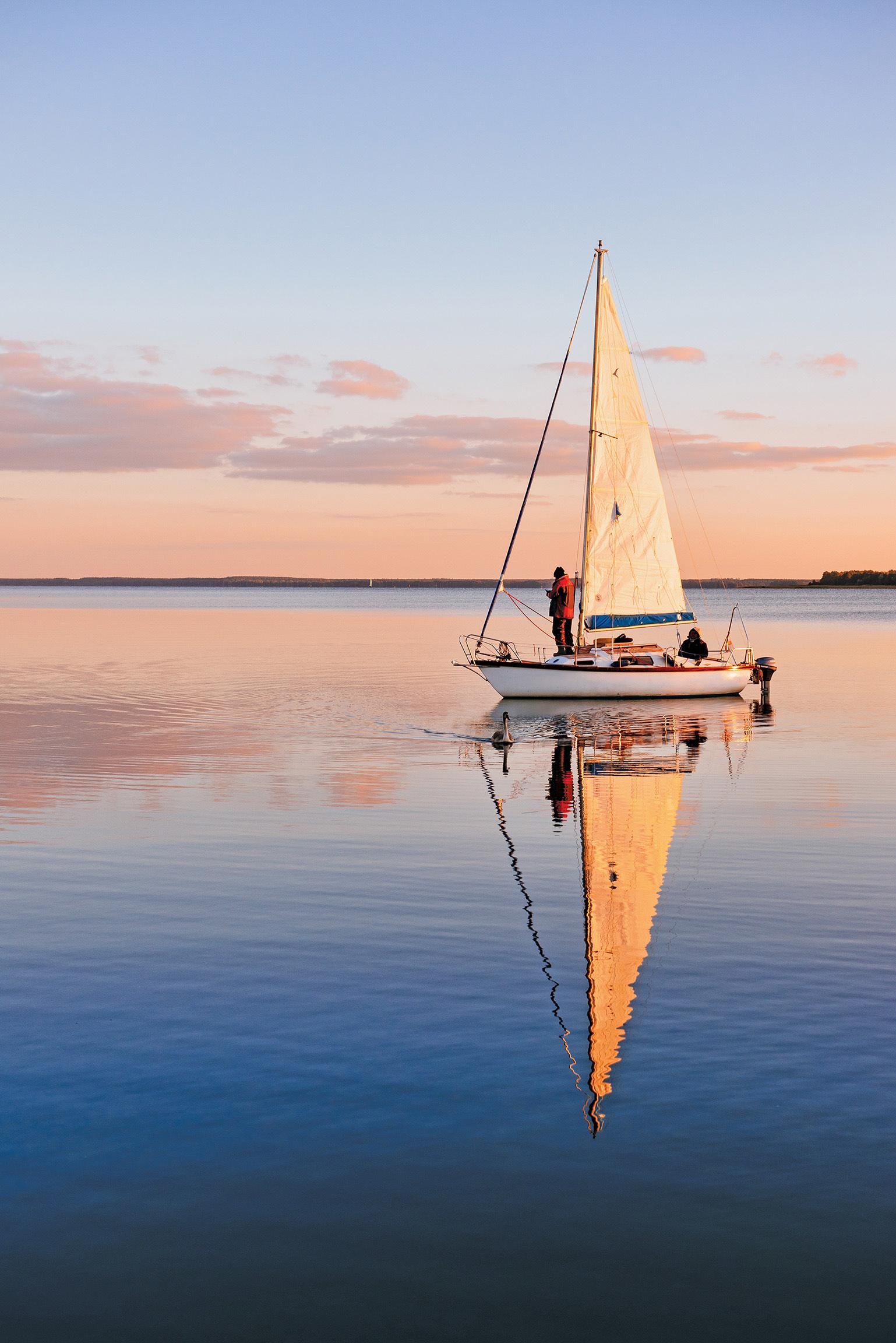 Sailing in Bolgoda lake