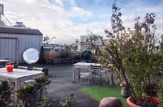 Bellevilloise rooftop toit Paris Ménilmontant