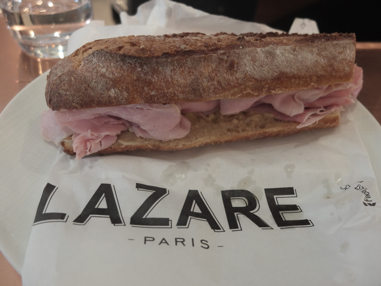 Resultado de imagem para Lazare, brasserie na Gare Saint Lazare. jambon beurre
