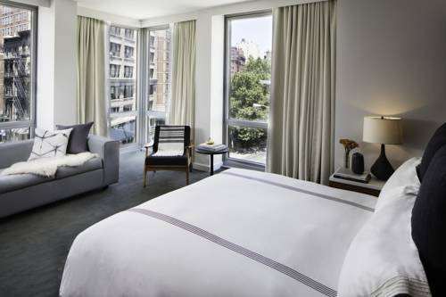 Smyth - A Thompson Hotel