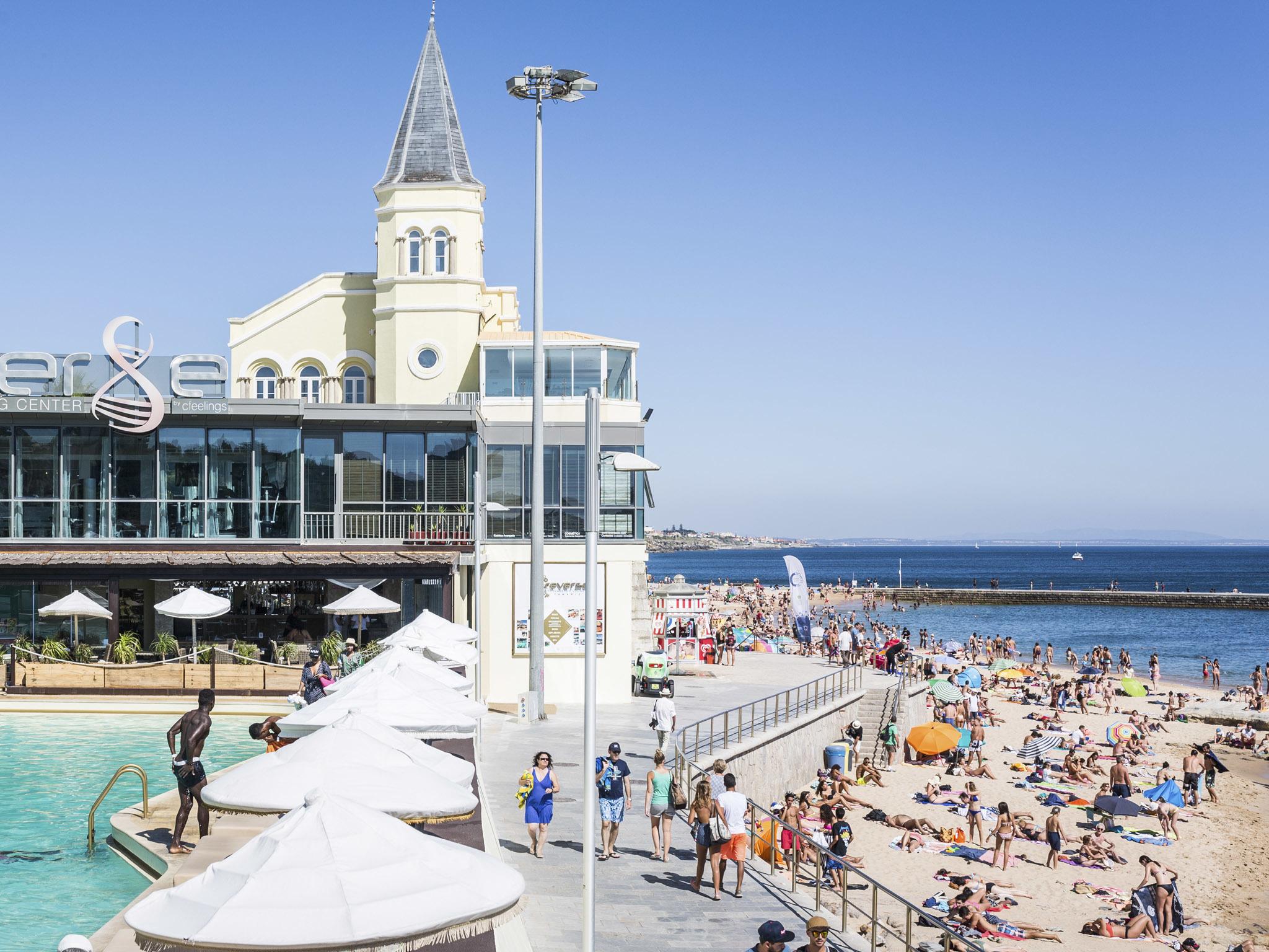 Batalha do Areal: Villa Tamariz Utopia vs. Reverse Pool & Beach Lounge, Praia do Tamariz, Estoril.