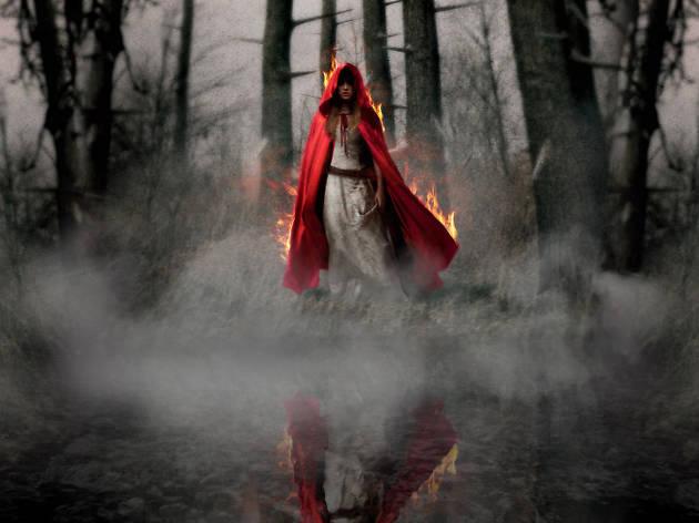 Halloween Styloween – Evil Red Riding Hood