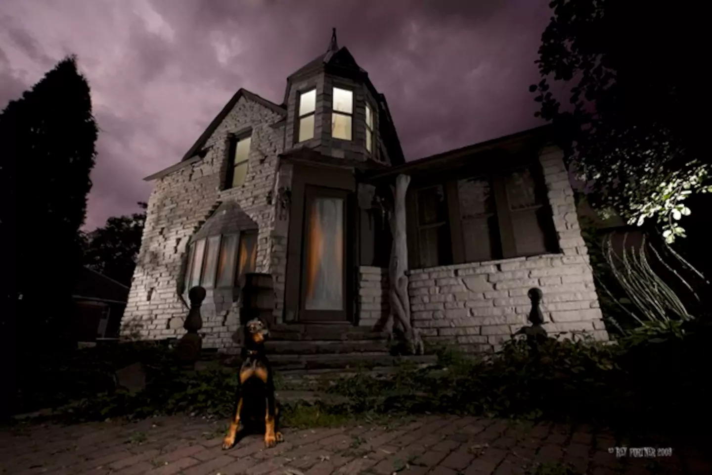 The 8 spookiest Airbnb homes to rent on Halloween