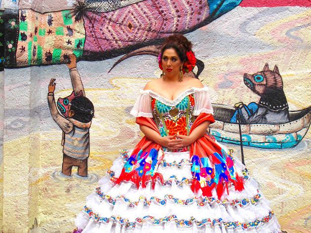 Regina Orozco celebra sus 45 años