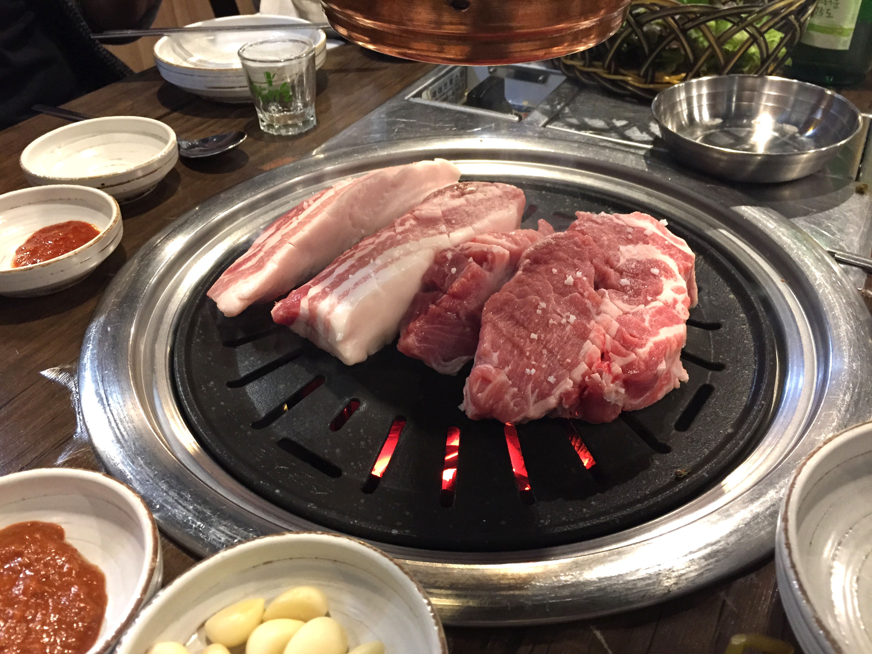 5pm-7pm ▶ Eat and grease up at Yukjeon Sikdang