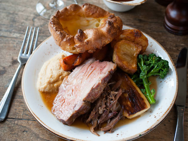 smokehouse sunday lunch, the best sunday lunch in london