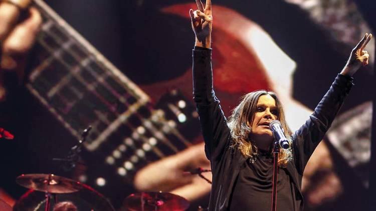 Ozzy Osbourne de Black Sabbath en su gira The End